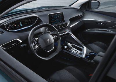 der neue Peugeot 5008 Innenansicht Cockpit
