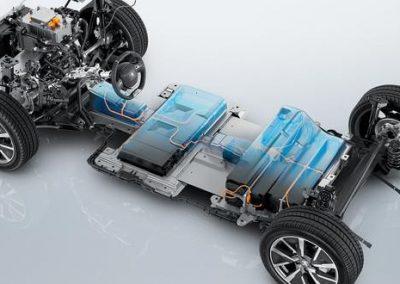 der-neue-peugeot-e-208-elektro-fahrgestell.515435.20